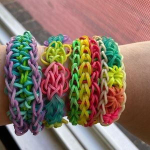 4 Rainbow Loom for $15 TAKING REQUESTS !